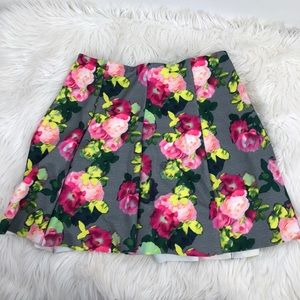 Divided flare floral skirt Large